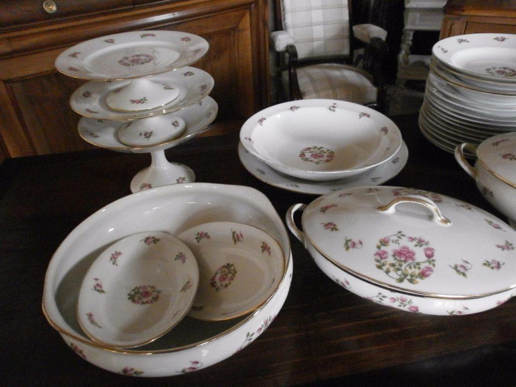 service de table ancien porcelaine