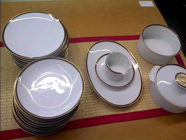 Avis service de table design blanc vaisselle maison - Service de table design ...