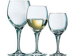 verre a vin et verre a eau vaisselle maison. Black Bedroom Furniture Sets. Home Design Ideas
