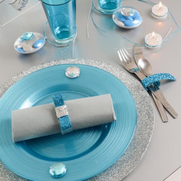 service de table jetable pour mariage. Black Bedroom Furniture Sets. Home Design Ideas