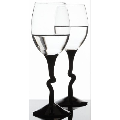exemple verre a pied noir vaisselle maison. Black Bedroom Furniture Sets. Home Design Ideas