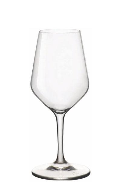 verre a pied cristallin